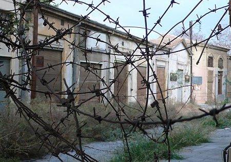 Sur la ligne verte à Nicosie. Helga Tawil Souri, décembre 2008.