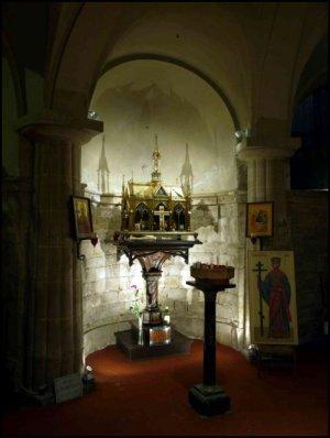 Relique de Sainte Hélène dans l'église capitulaire de l'ordre du Saint-Sépulcre : église Saint-Leu-Saint-Gilles à Paris.