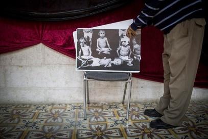 Préparatifs de l'exposition sur le Génocide au séminaire arménien de Jérusalem ©Hadas Parush/Flash90