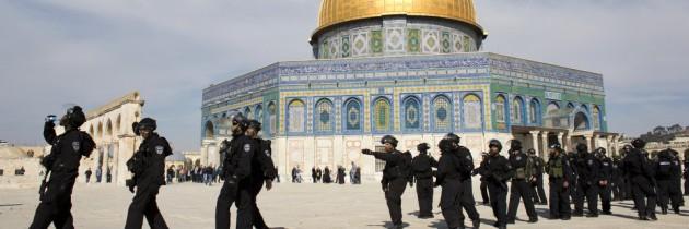 7769952988_des-policiers-israeliens-sur-l-esplanade-des-mosquees-a-jerusalem-le-7-fevrier-2014-630x210